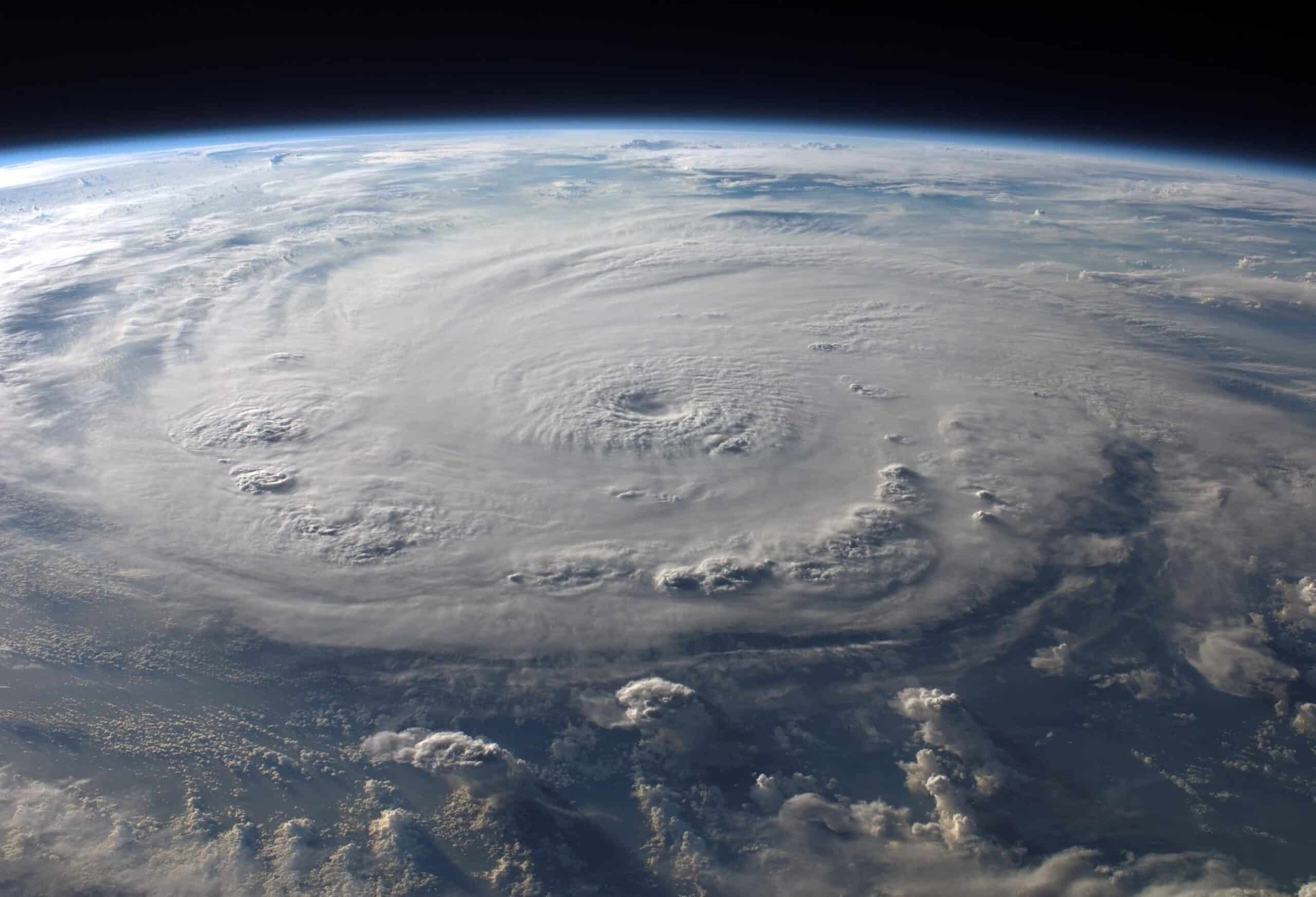 Manufactured Home Hurricane Preparedness: Tips to Batten Down the Hatches