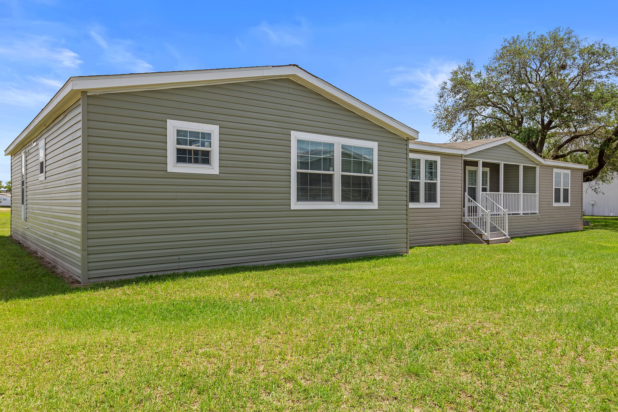 What Land Works Best for Your Manufactured Home?